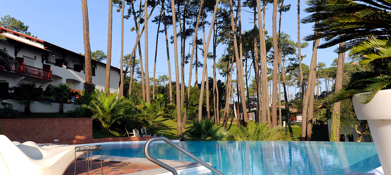 abords piscine d'hôtel hossegor