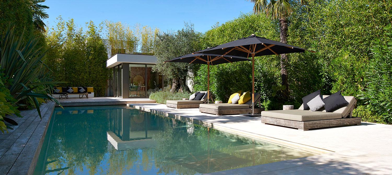 piscine revêtement beige