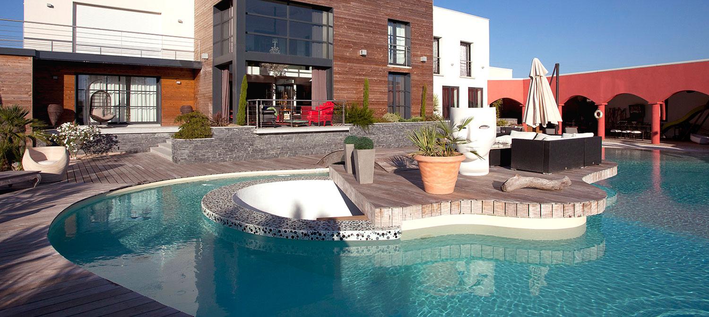 piscine forme libre