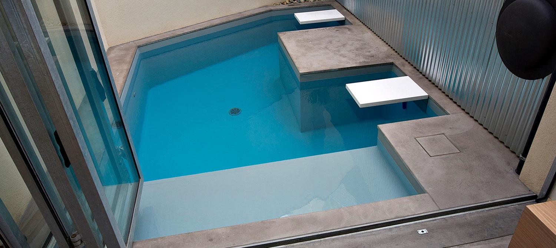 micro piscine forme libre