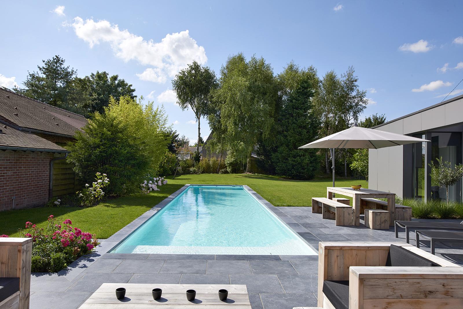 construction piscine design maçonnée Périgueux
