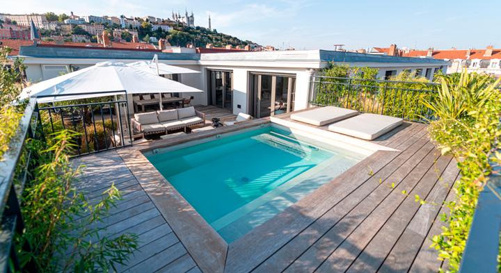 Petite piscine rooftop Côté Jardin Lyon